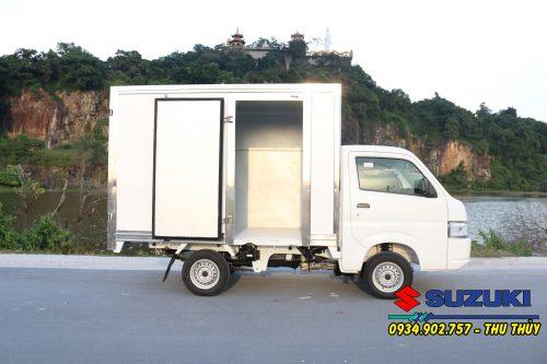 xe tải suzuki 750kg thùng kín composite